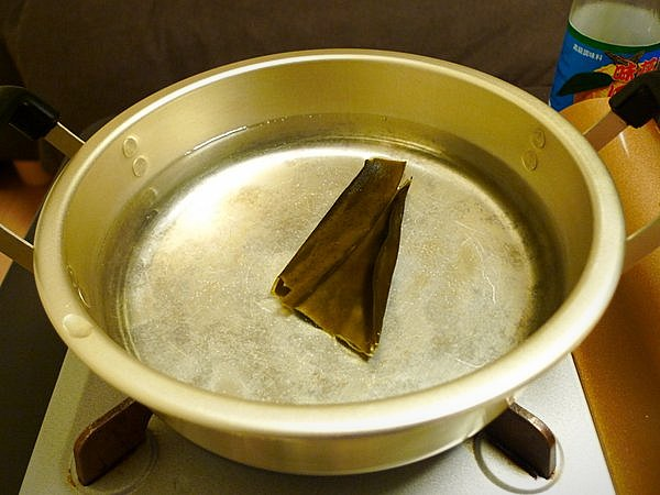 ニラと豚肉の鍋の作り方(3)