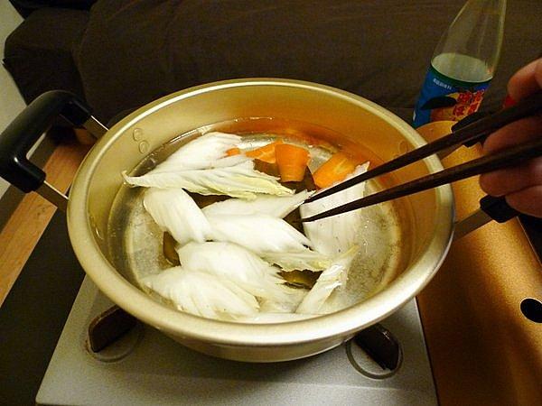 ニラと豚肉の鍋の作り方(4)