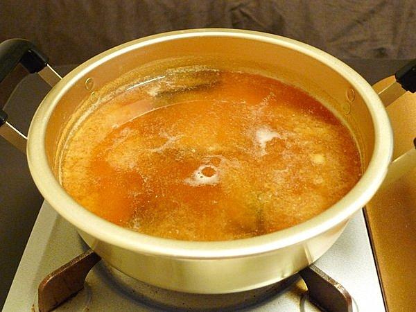 ニラと豚肉の味噌鍋の作り方(2)
