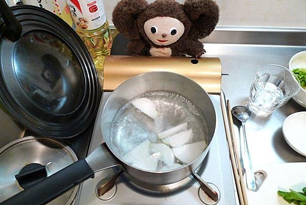 カブと豚肉煮作り方(2)