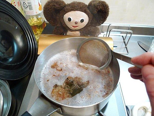 鶏とゴボウの煮込み作り方2