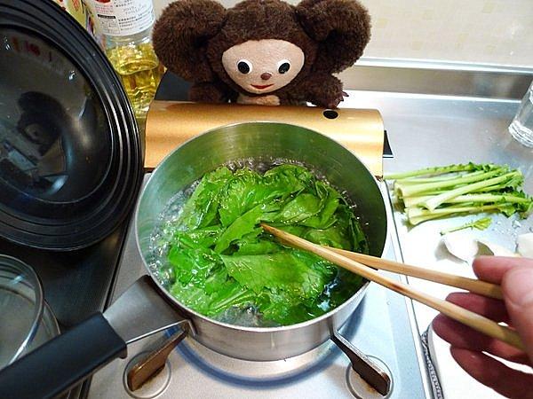 鶏とカブのあんかけ煮作り方2