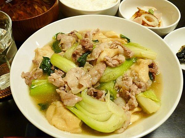 豚肉とチンゲン菜の炒め煮