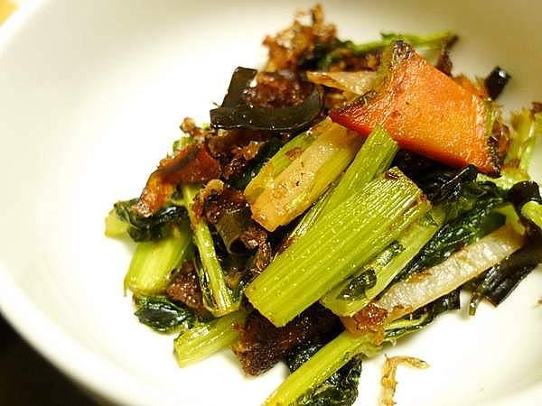 野菜の皮とだし殻のじゃこ炒め