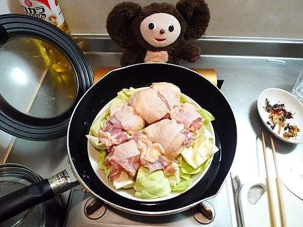 蒸し鶏キャベツ 作り方
