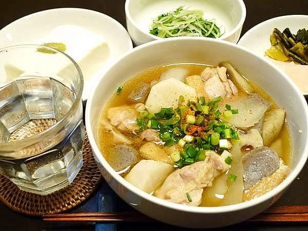鶏と根菜のすまし汁