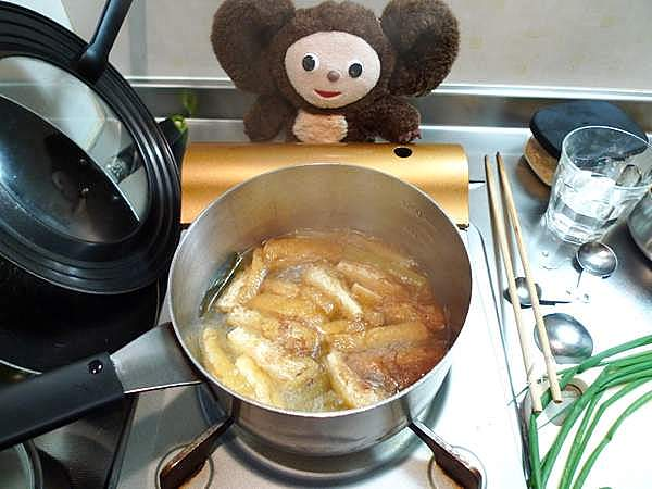 フキと油あげの煮物 作り方
