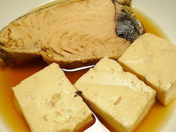 生節と豆腐の炊き合わせ