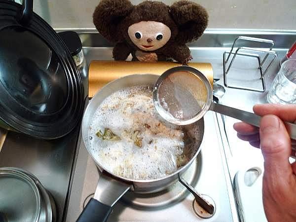 豚ニラ鍋 作り方