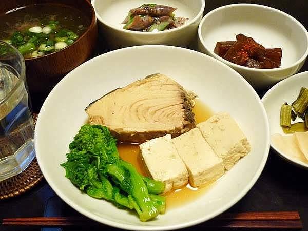 生節と豆腐の煮物 菜の花添え