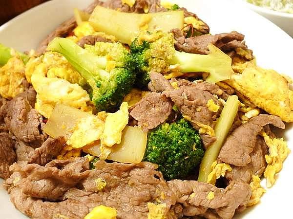 牛肉とブロッコリーのオイスターソース炒め 作り方