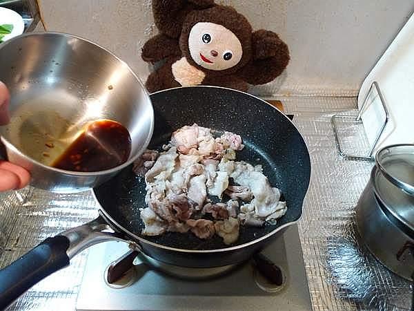 豚とネギのしょうゆ焼きそば 作り方