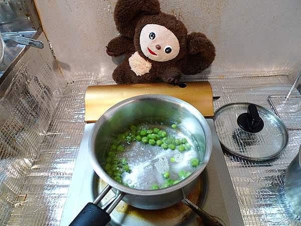 タケノコとえんどう豆のじゃこ煮