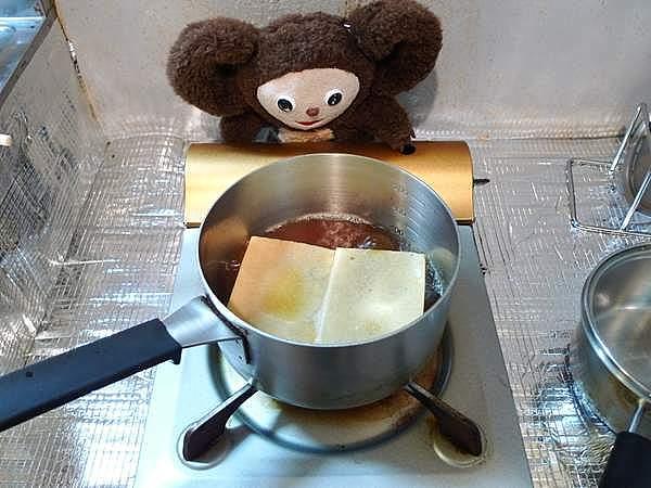 煮付けの残り汁で煮た高野豆腐