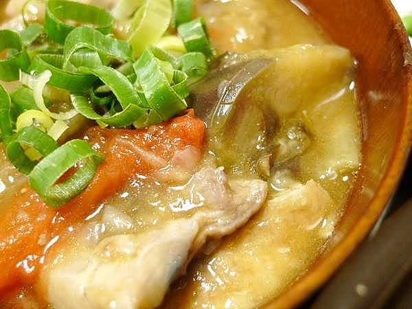 鶏とナスの塩味煮