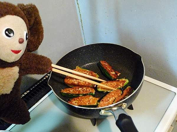 ピーマン肉詰め 作り方