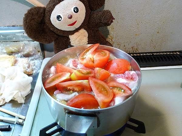 トマトの入った豚ジャガ 作り方