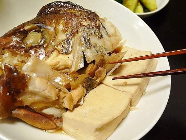 鯛あらと豆腐の炊き合わせ
