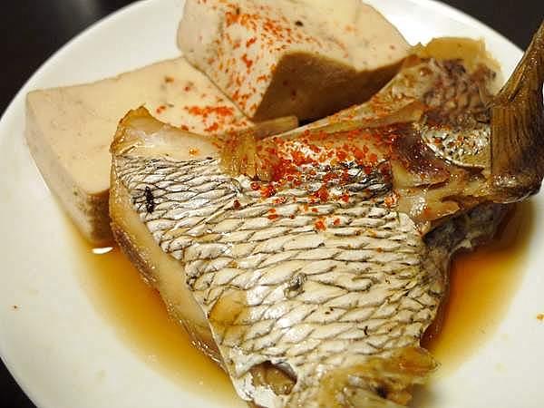 鯛あらと豆腐の煮付