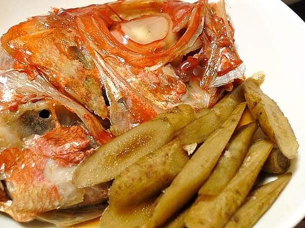 金目鯛とゴボウの煮付