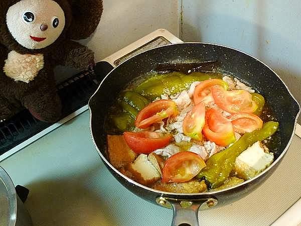 万願寺とうがらしと豚肉のサッパリ煮 作り方