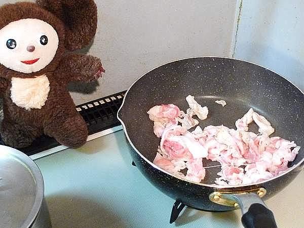 豚肉と万願寺の塩レモン炒め 作り方