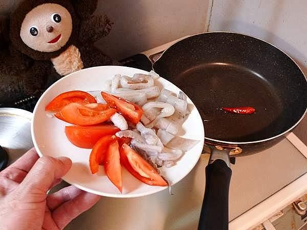 イカとトマトのもやしサラダ 作り方