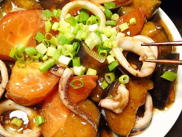 イカとトマトの麻婆ナス 作り方