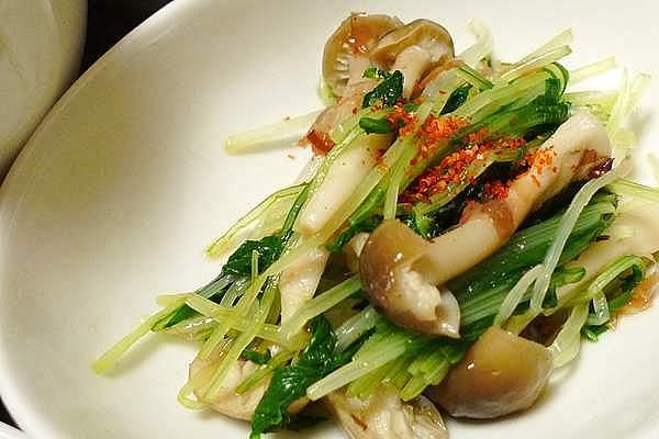 水菜とシメジのおかかポン酢
