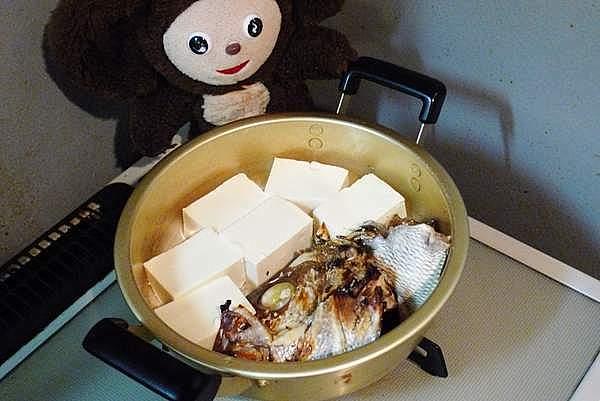 鯛あらの湯豆腐