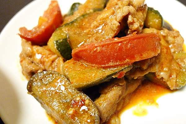 豚肉と夏野菜の炒め物