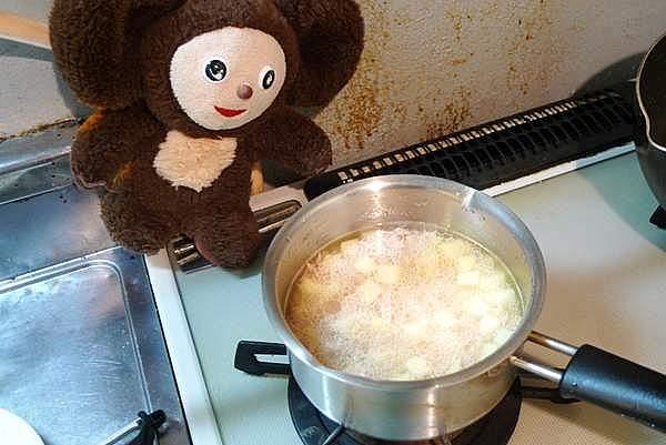 ツナとジャガイモの炊き込みご飯