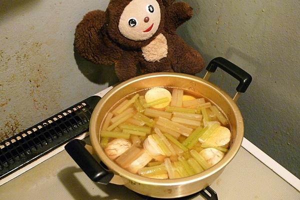 真ダラの子とフキの煮物