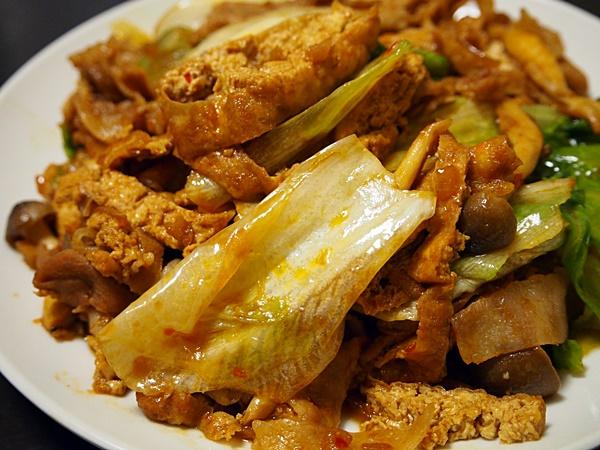 豚肉とレタスのピリ辛みそ炒め