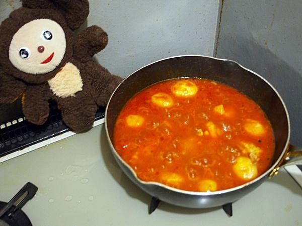 鶏とじゃがいもの和風トマト煮