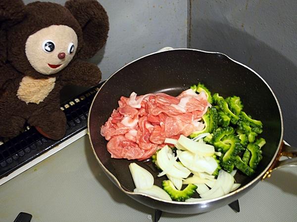 ゴーヤの豚しょうが焼き