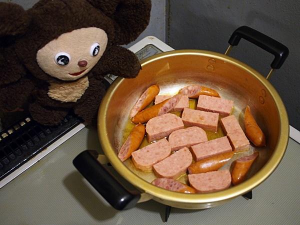 スパムとじゃがいものキムチ煮込み 作り方