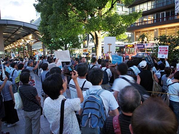 8月14日京都駅前SEALDs KANSAI街宣アピール