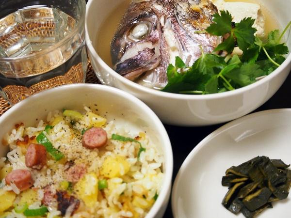 鯛あら汁とウインナーの炊き込みご飯
