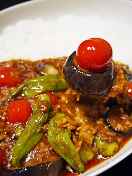 夏野菜のマーボー・カレー