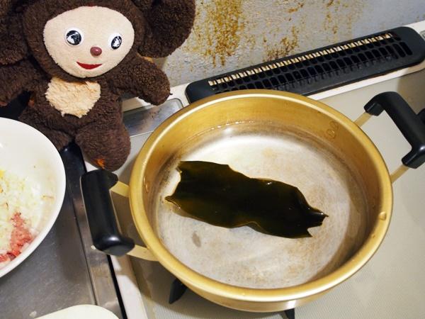 鶏肉団子の白みそ鍋 作り方