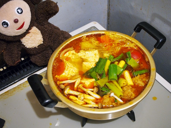 豚肉団子のカレー鍋 作り方
