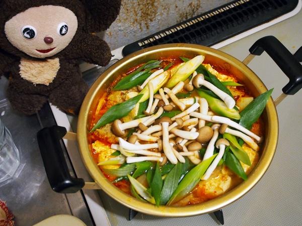 サンマつみれのキムチ鍋 作り方