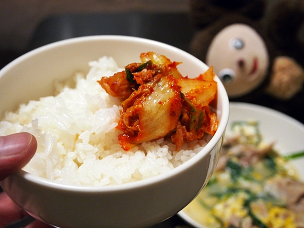 ご飯とキムチ