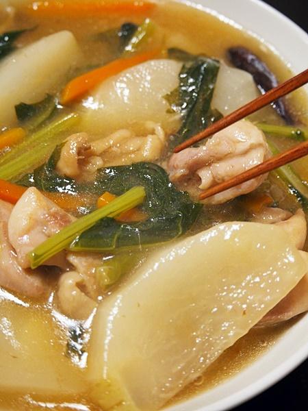 鶏肉とカブの中華風あんかけ煮
