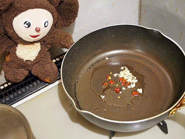 豚肉のニラ玉炒め・日本的中華風 作り方
