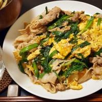 豚肉のニラ玉・日本的中華風