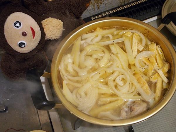 鶏の韓国風煮込みうどん 作り方