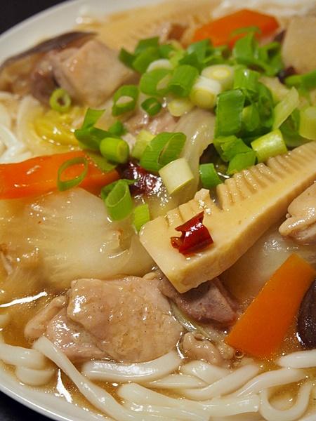 鶏肉の中華的あんかけ皿うどん