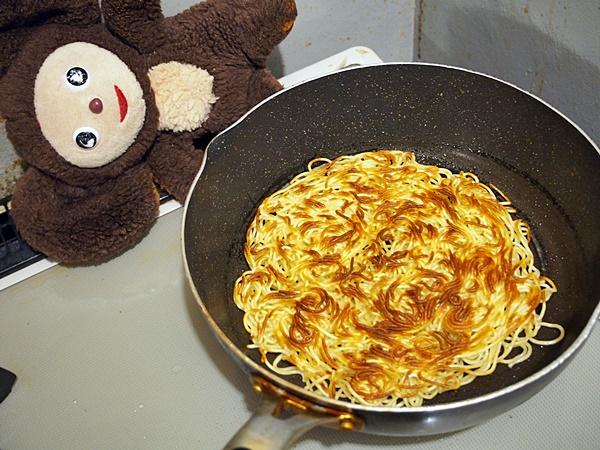 豚肉と小松菜のあんかけ焼きそば 作り方